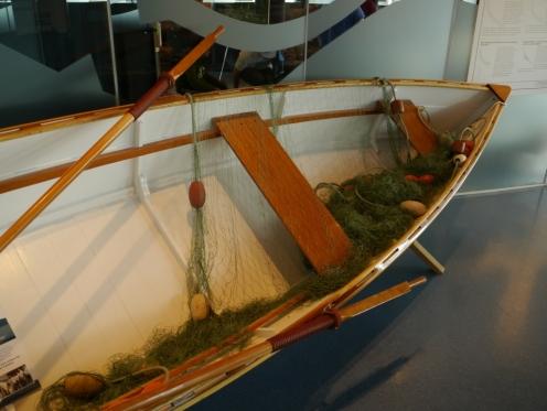 Fraser River Skiff complete wit new oars